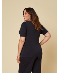 Women's Seek No Further Plus Size ¾ Sleeve Scooped Neck Ruched Top True Black