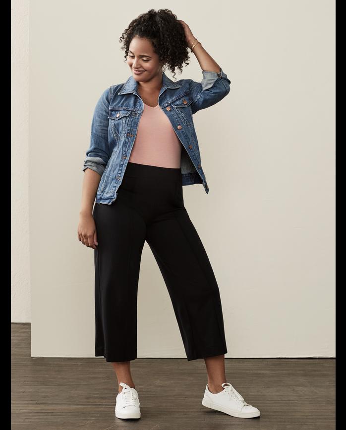 Women's Seek No Further Wide Leg Ponte Cropped Pants Brilliant Black