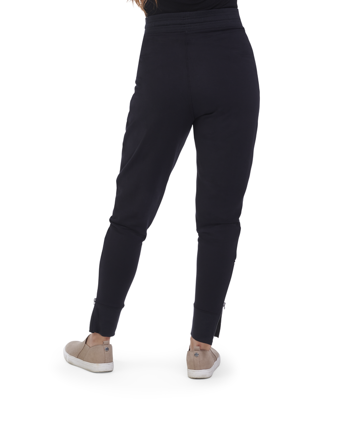 Women's Seek No Further® Joggers, 1 Pack BRILLIANT BLACK