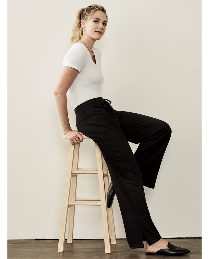 Women's Seek No Further® Track Pant, 1 Pack Brilliant Black