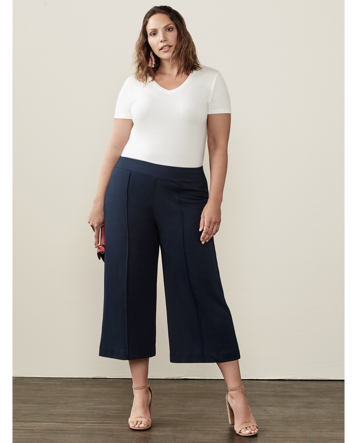 Women's Seek No Further Wide Leg Ponte Cropped Pants