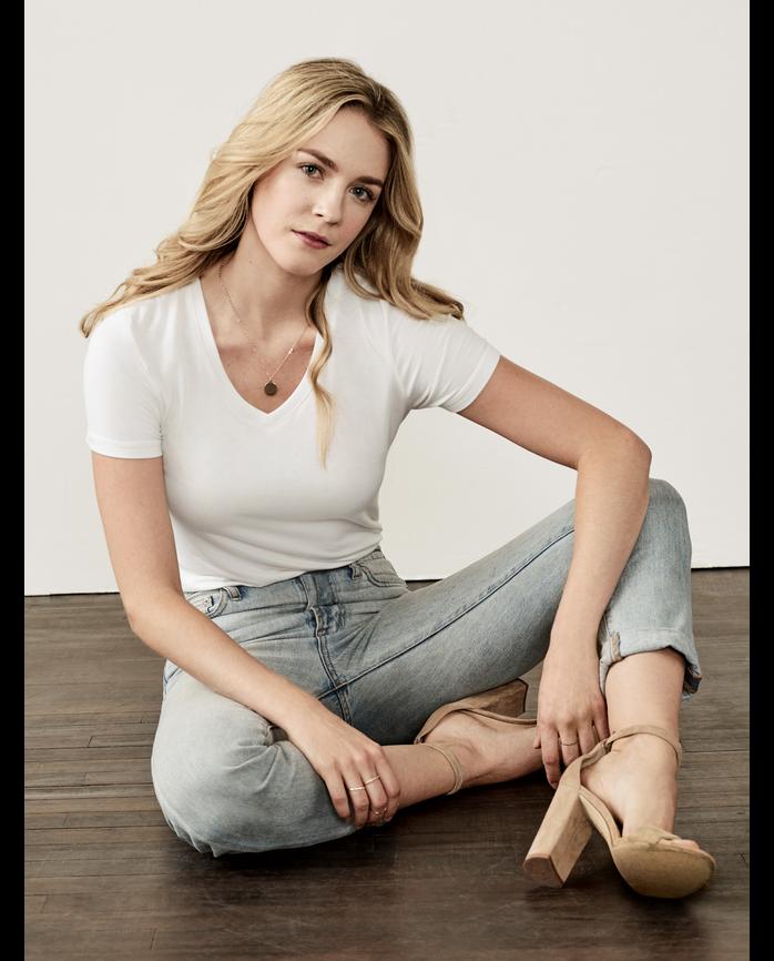 Women's Seek No Further® Sweetheart V-Neck T Shirt, 1 Pack White